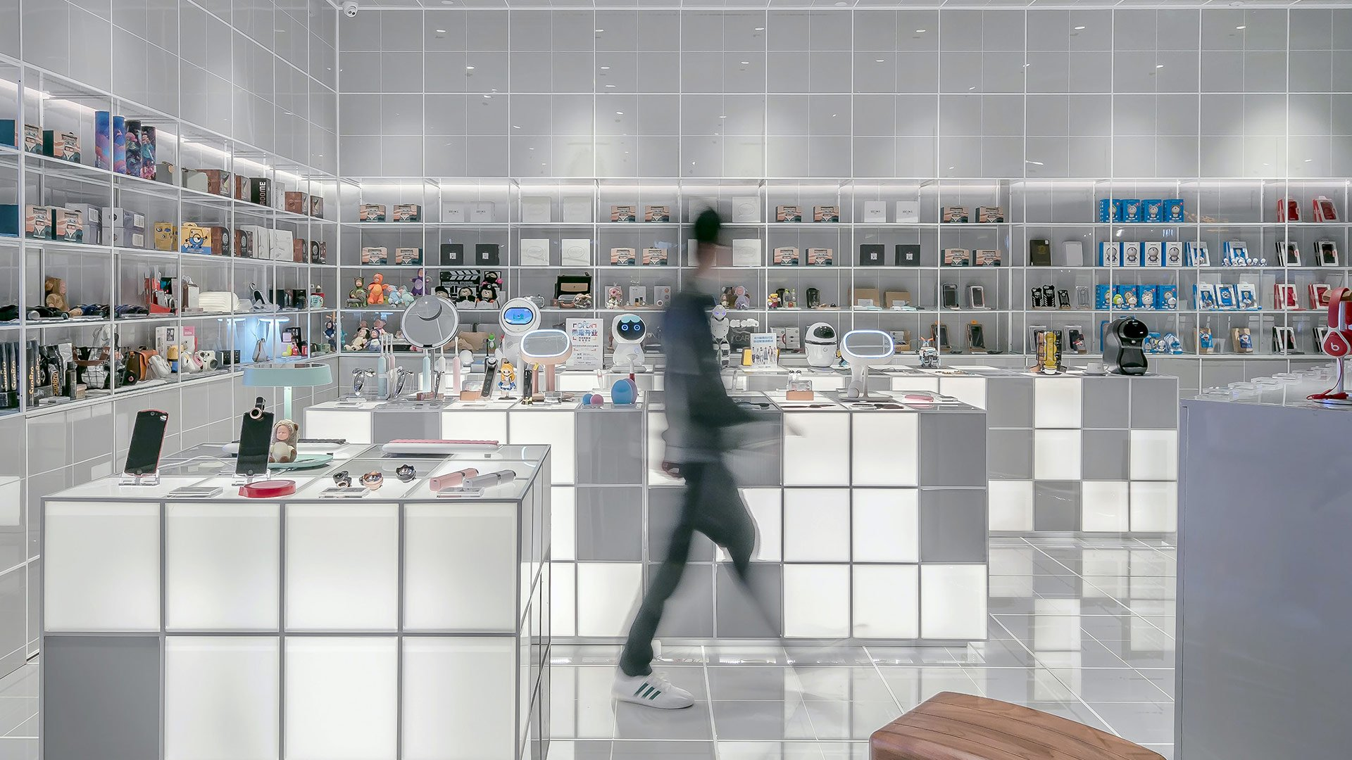 How AI and market knowledge are improving retail demand forecasting